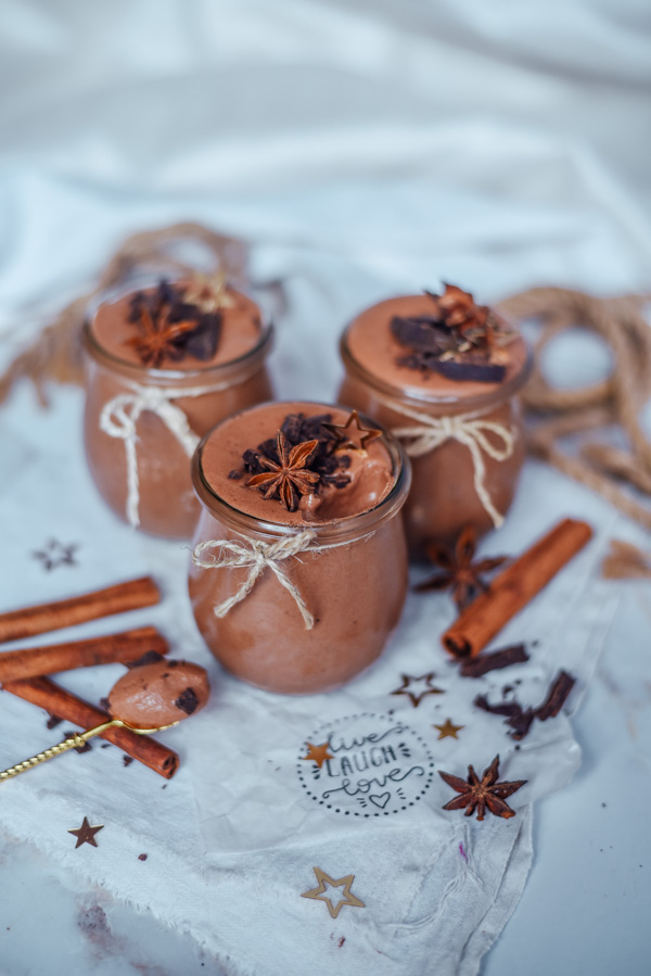 Aquafaba vegan chocolate mousse