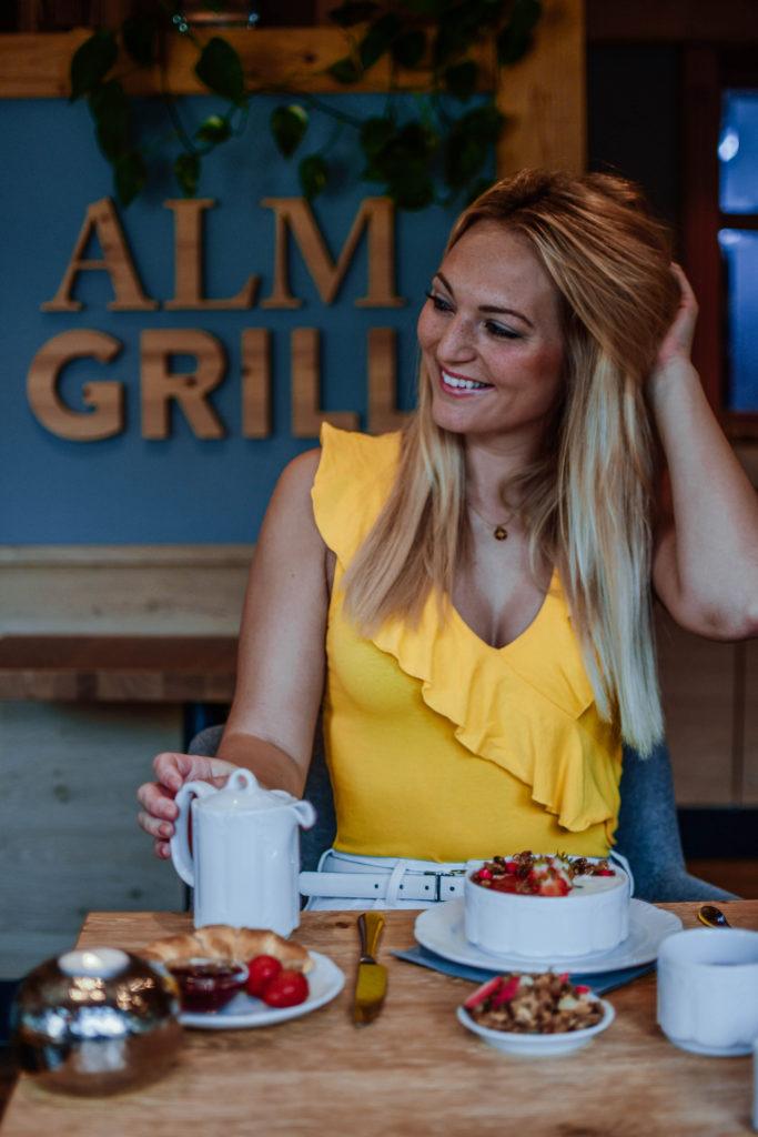Alm Grill Restaurant Hotel Erb München