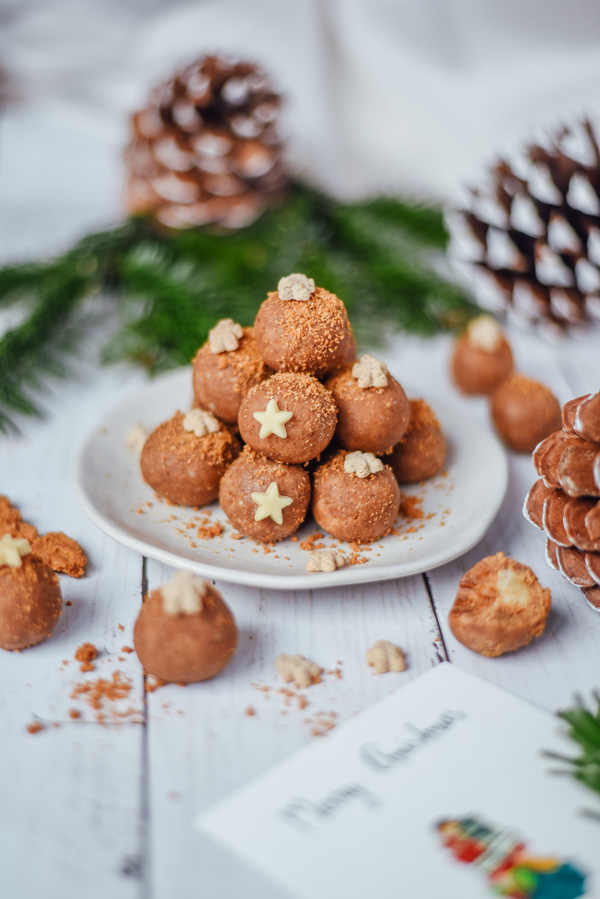 speculoos Truffles with marzipan