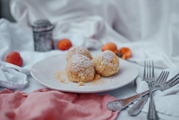 Marillenknödel mit Kartoffel Teig ohne Zucker gesund