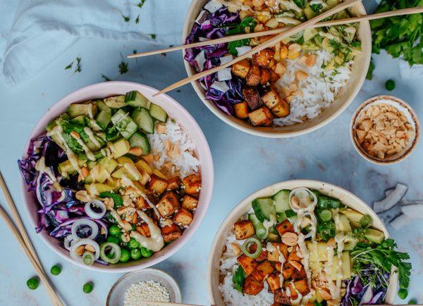 Poke Bowl mit Tofu vegetarisch vegan